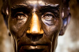 Close up of the bust of Abe Lincoln that can be found in Lincoln Hall